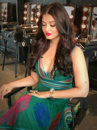 aishwarya rai hot stills at cannes film festival 2017