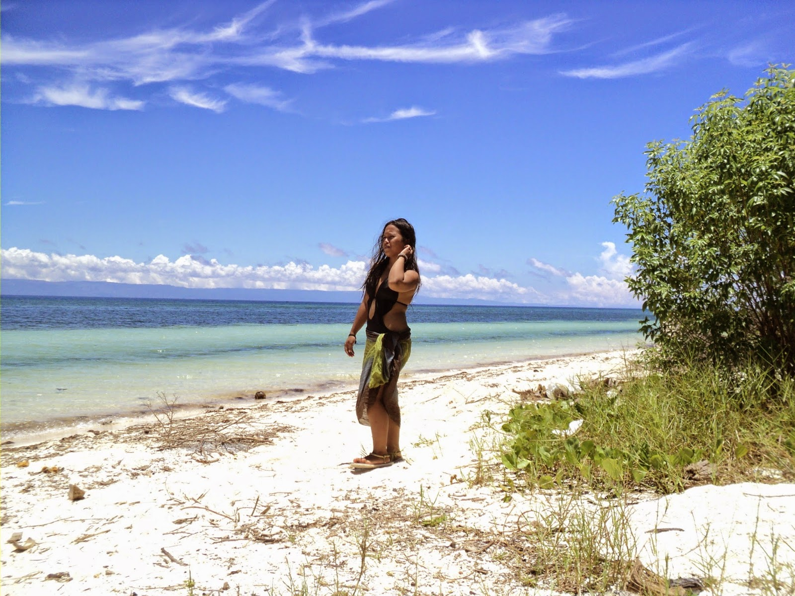Piaszczyste plaże do okoła wyspy Siquijor Filipiny