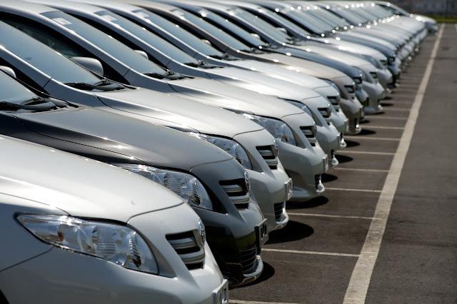Em 1995, VW Gol vendeu 36% mais que GM Onix em 2018