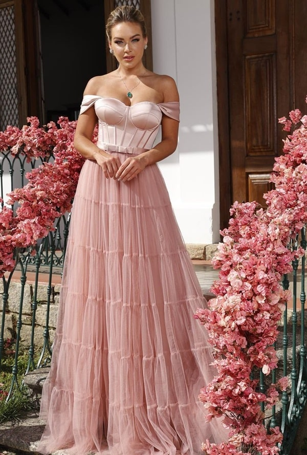 vestido longo rose de tule para madrinha de casamento