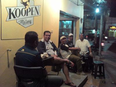 Menikmati Kopi Original Dengan Suasana Heritage Di Kedai Koopen, Klojen, Malang
