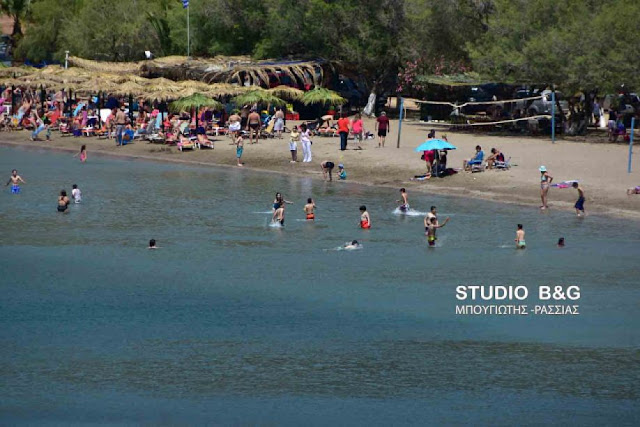 Περιστατικό πνιγμού στην παραλία Καραθώνας