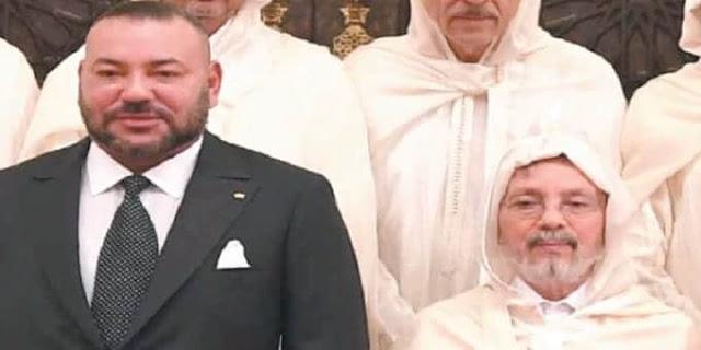 جلالة الملك محمد السادس يعزي أفراد أسرة المرحوم الأستاذ محمد الحلوي
