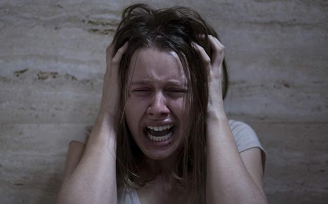 Kidnapped Miguel Angel Vivas femme pleure