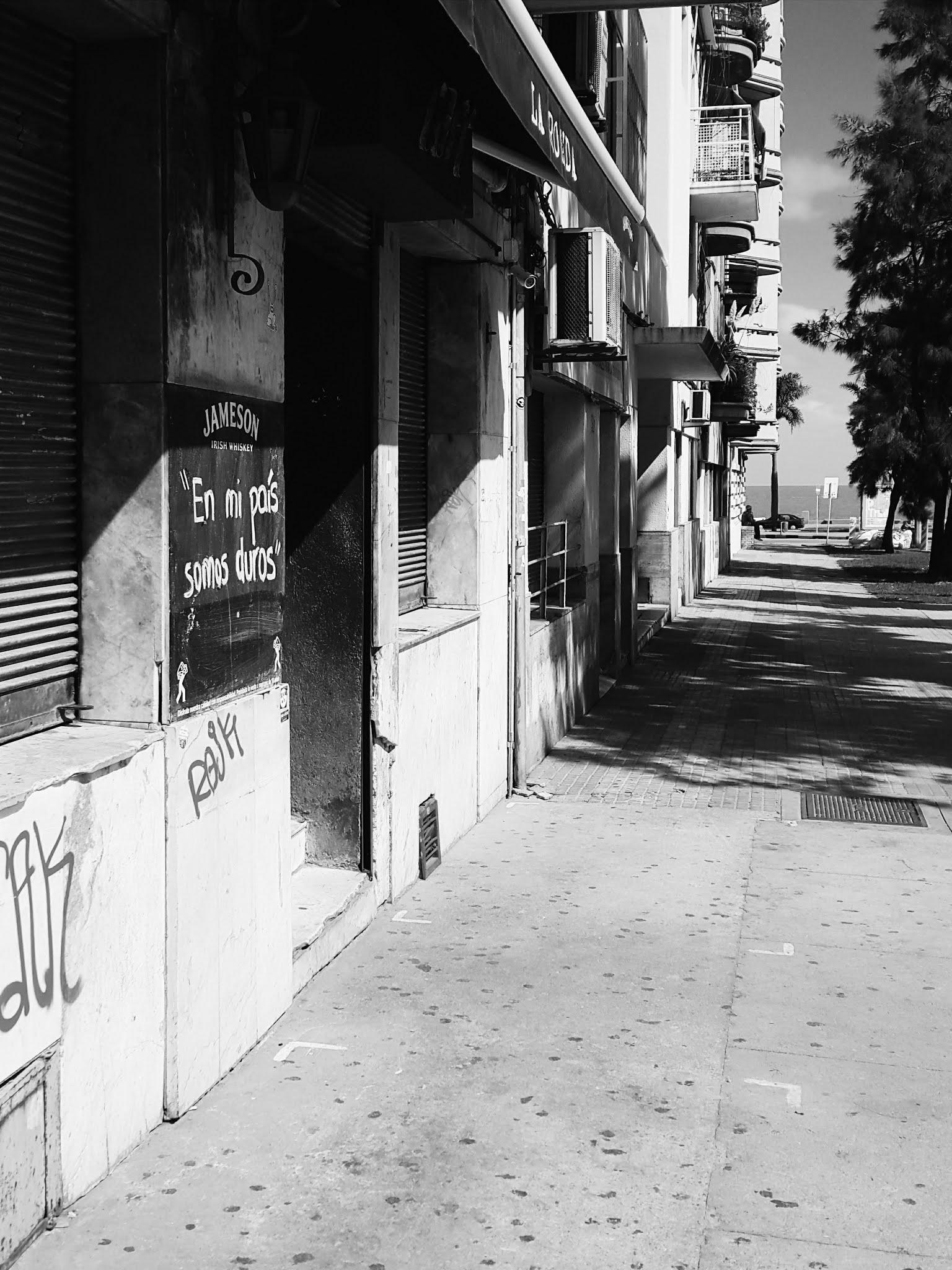 Uruguai-confinamento