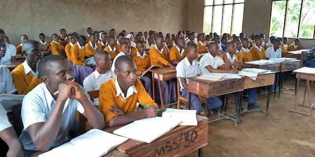 Wanafunzi  1826 Kuhitimu Elimu ya Kidato cha Nne Wilayani Kibondo.