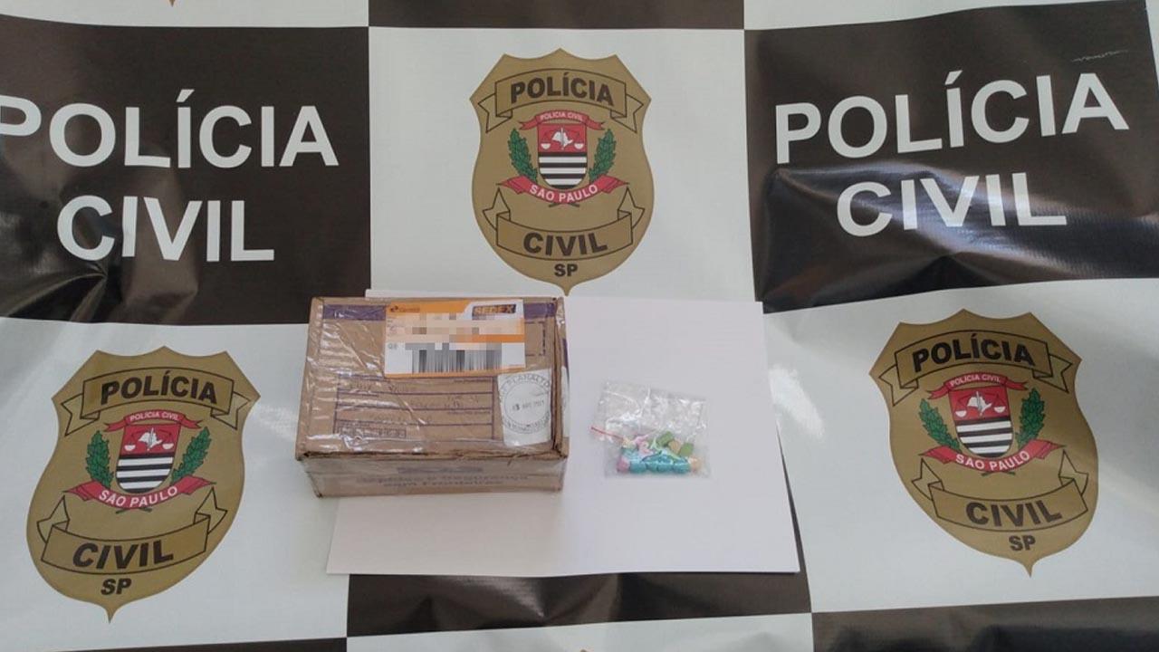 Polícia apreende drogas sintéticas enviadas para casal de Conchas pelo Correios