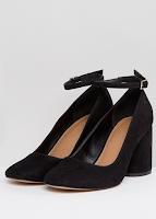 https://www.asos.fr/asos-design/asos-design-shortbread-chaussures-a-talons/prd/9055955?clr=noir&SearchQuery=&cid=4172&gridcolumn=4&gridrow=6&gridsize=4&pge=3&pgesize=72&totalstyles=2766#