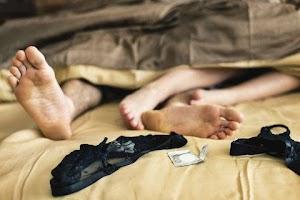 6 Posisi Favorit Laki-laki Saat Berhubungan Intim, Bikin Suami Nagih!