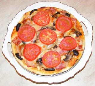 retete pizza de casa cu de toate,