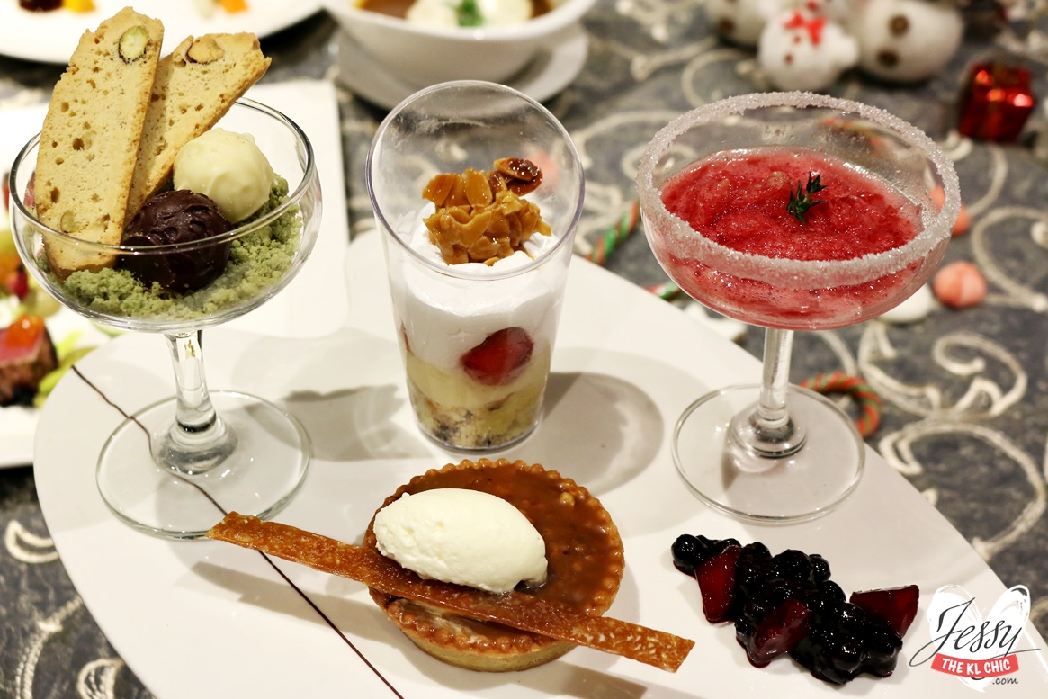 Food: Christmas Fine Dinning (Sky 360, One City)