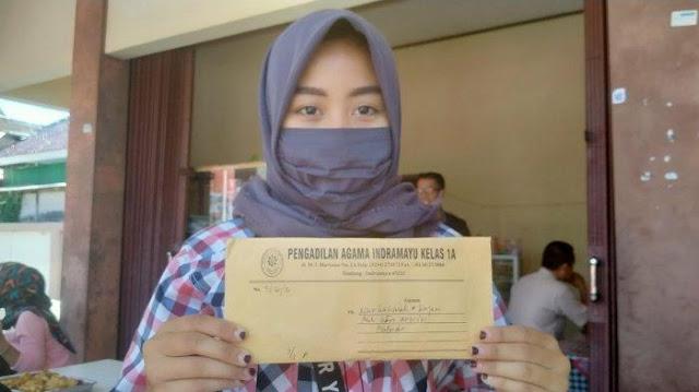 Usianya Masih 19 Tahun, Janda Muda ini Pilih Gugat Cerai Karena Gak Kuat dengan Kelakuan Suaminya