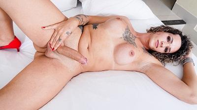 Franks-tgirlworld – Meet Sabrina Prezotte!