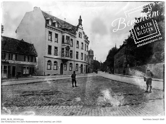 Der Ritterplatz mit dem Rodensteiner Hof (rechts) um 1920