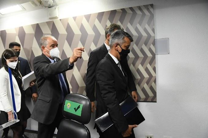 Ex-diretor de Logística do Ministério da Saúde, recebe voz de prisão na CPI da Pandemia