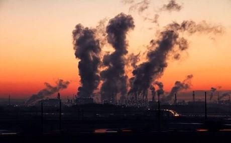 H ατμοσφαιρική ρύπανση προκαλεί πρόωρους θανάτους σε όλο τον κόσμο