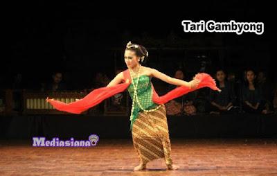 Tari Gambyong Surakarta