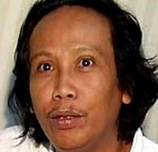 Mandra P.Shakti Ikut Satuni Anak Yatim, Mandra P.Shakti, Satuni Anak Yatim