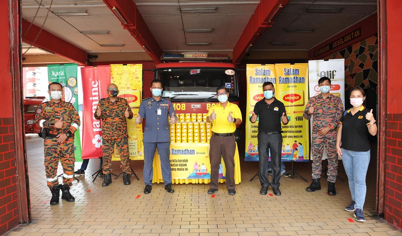 Maggi® Sedia 130,000 Mangkuk Bubur Lambuk Penuh Khasiat Untuk Wira Barisan Hadapan Dan Komuniti Yang Memerlukan