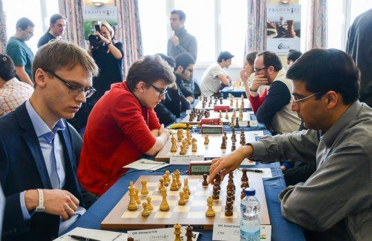 Avec un score de 6.5 points sur 10 et une performance Elo à seulement 2541, l'ancien champion du monde d'échecs Vishy Anand a connu un tournoi catastrophique - Photo © John Saunders