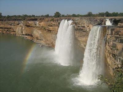 Chitrakoot_Falls,_Jagdalpur,Chhattisgarh,chhattisgarh_tourism,chhattisgarh _tourist_ places,chhattisgarh_tourist,chhattisgarh_tourist_places_near_raipur.jpg