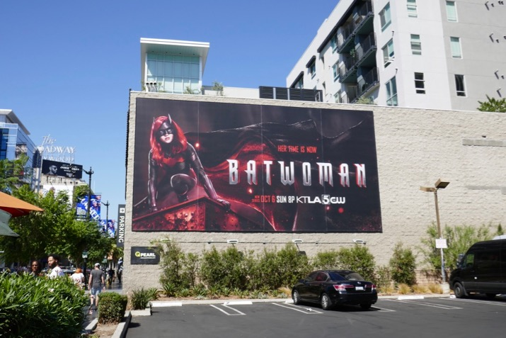 Batwoman season 1 billboard