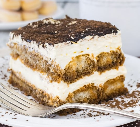 EASY TIRAMISU #desserts #cheesecake