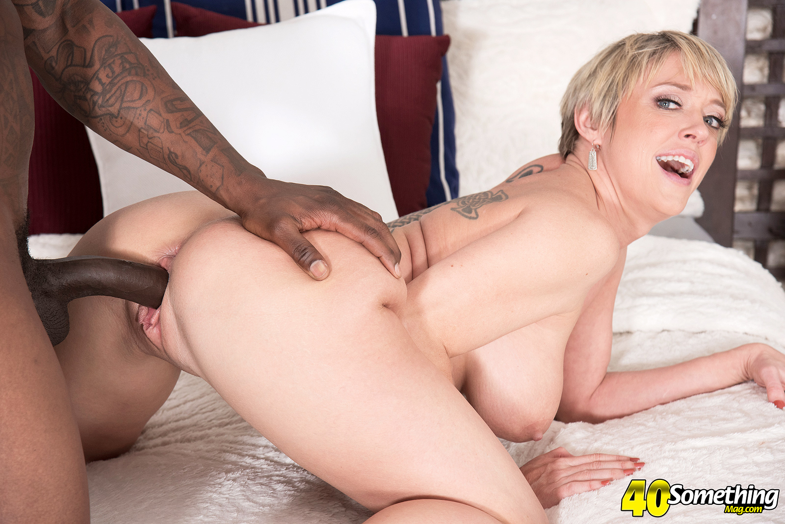 Dee williams horny milf sucking on a big cock