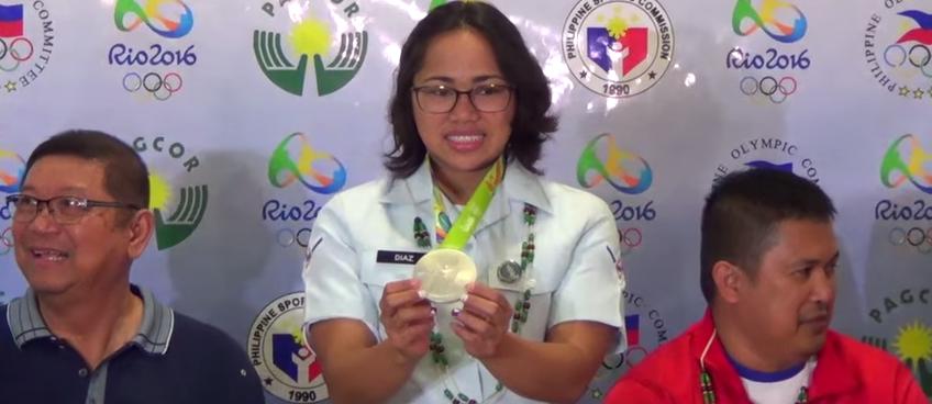 Hidilyn Diaz claims the Php 5 Million prize. PLUS…