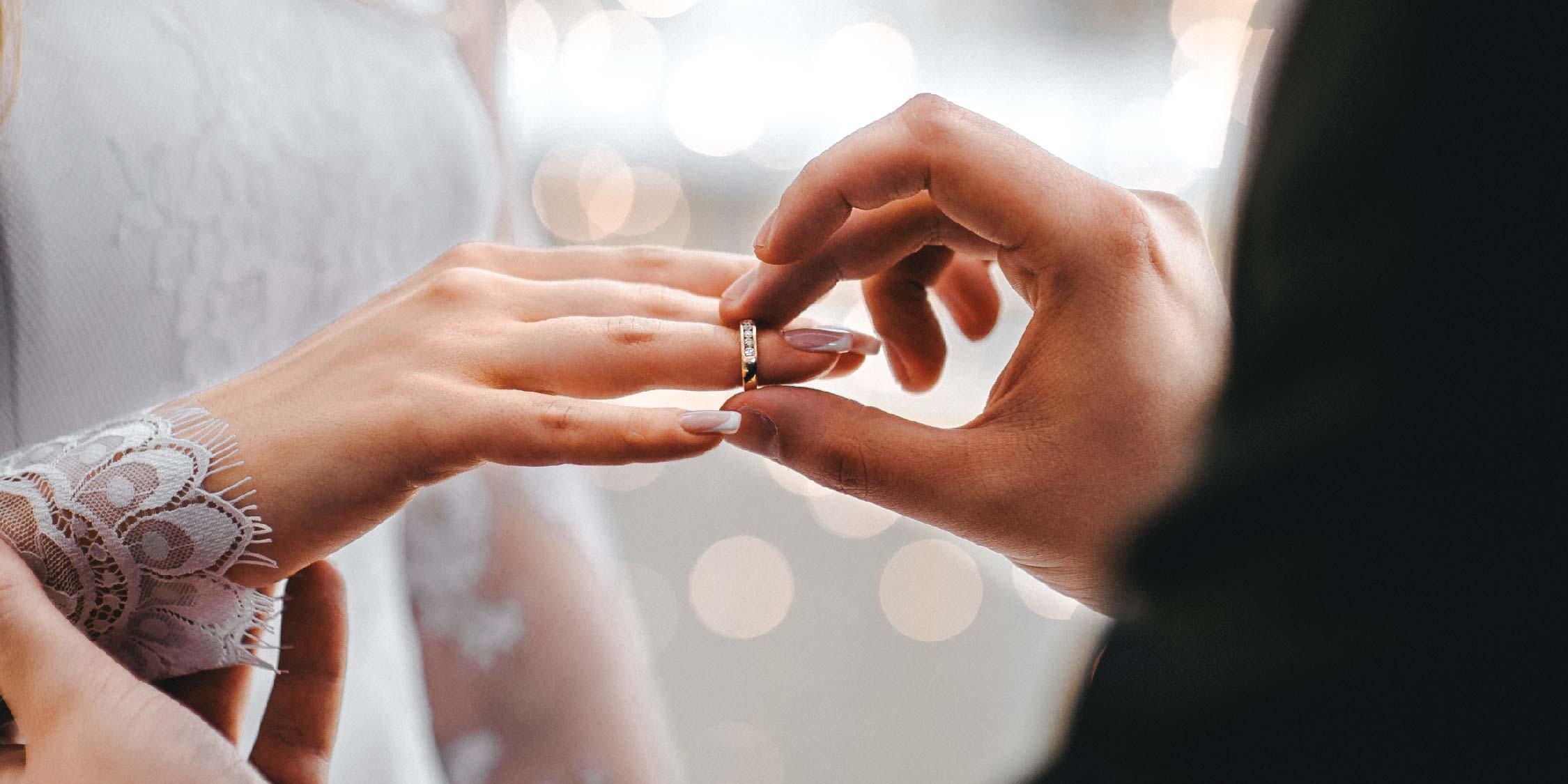 Mitos Larangan Menikah Antar Suku di Indonesia