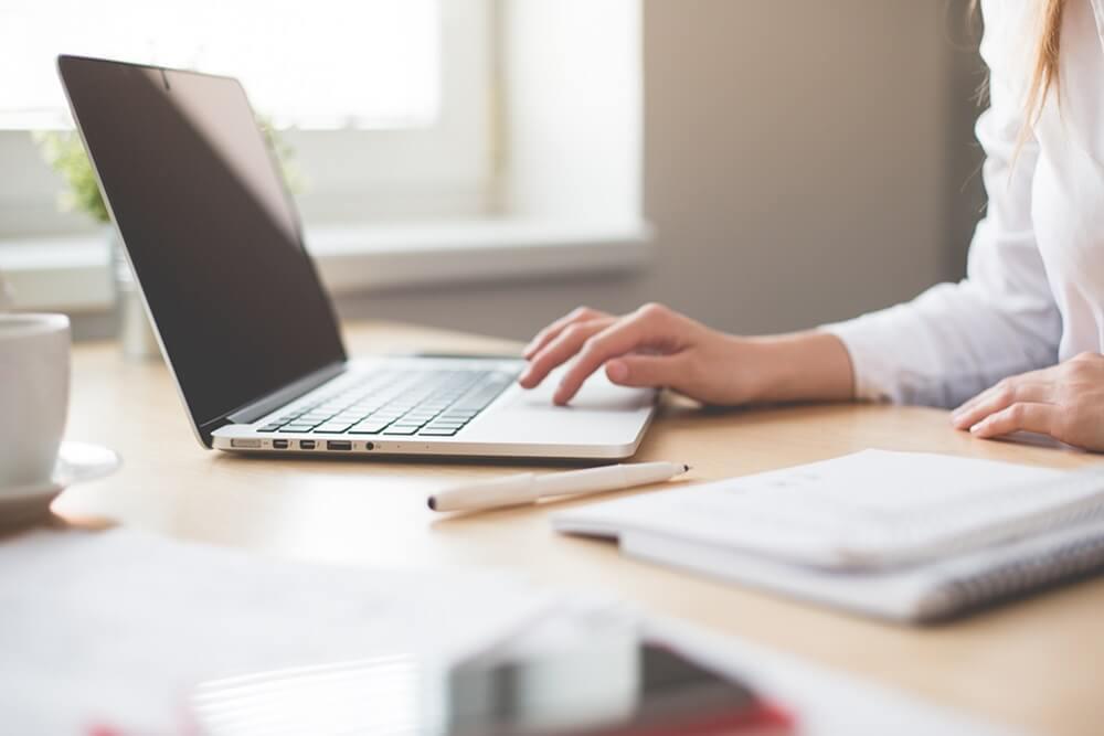 Primeira entrevista de emprego: como se preparar? 5 dicas eficazes!