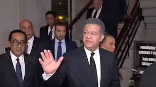 Leonel Fernández acudió a la fu a expresarle su pesame a Danilo Medina
