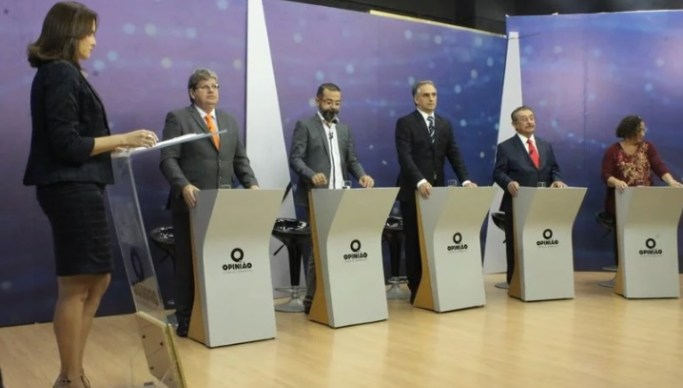 Debate da TV Manaíra é marcado por promessas de concursos e melhorias diversas