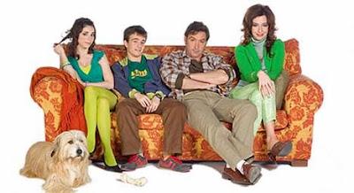 Spanien Comedy Serien Ableger - Eine schrecklich nette Familie