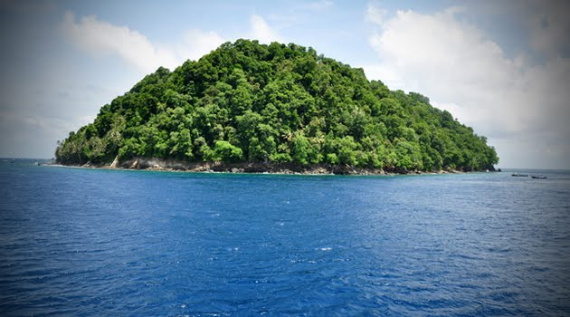 small islands in indonesia