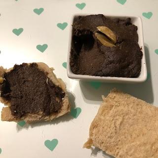 Houmous aux biscuits Oreo peanut butter sur brioche