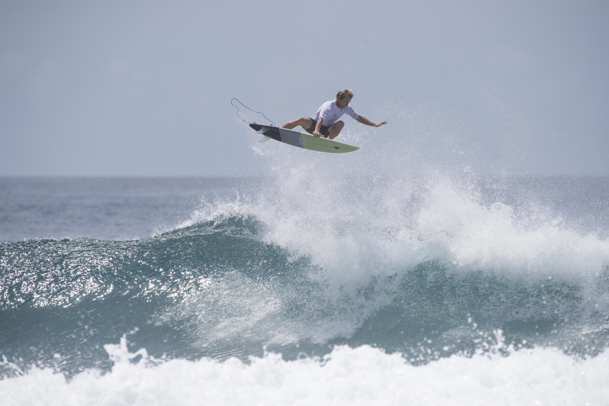0 Josh Kerr 2018 Four Seasons Maldives Surfing Champions Trophy foto WSL Sean Scott