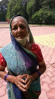 घर पर एकमात्र कमाऊ बेटे की असमय मृत्यु से दु:खों का पहाड़ टूट पड़ा था - रेशमबाई