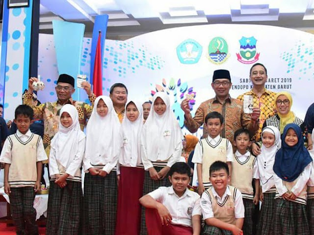 Lebih Majukan Pendidikan, Gubernur Ridwan Kamil Usulkan Ini Kepada Mendikbud