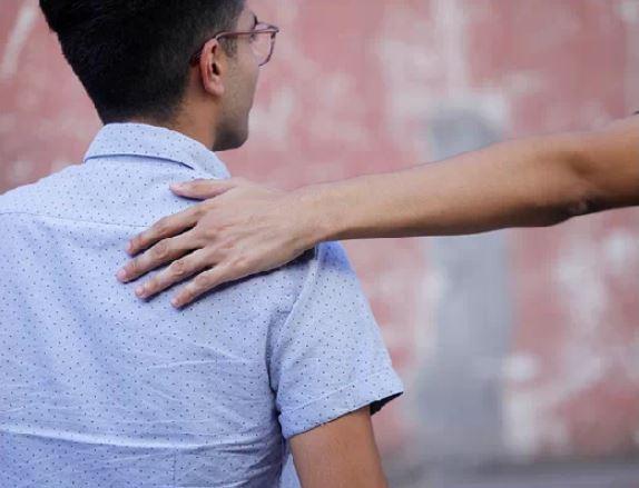 Palmadas en la espalda