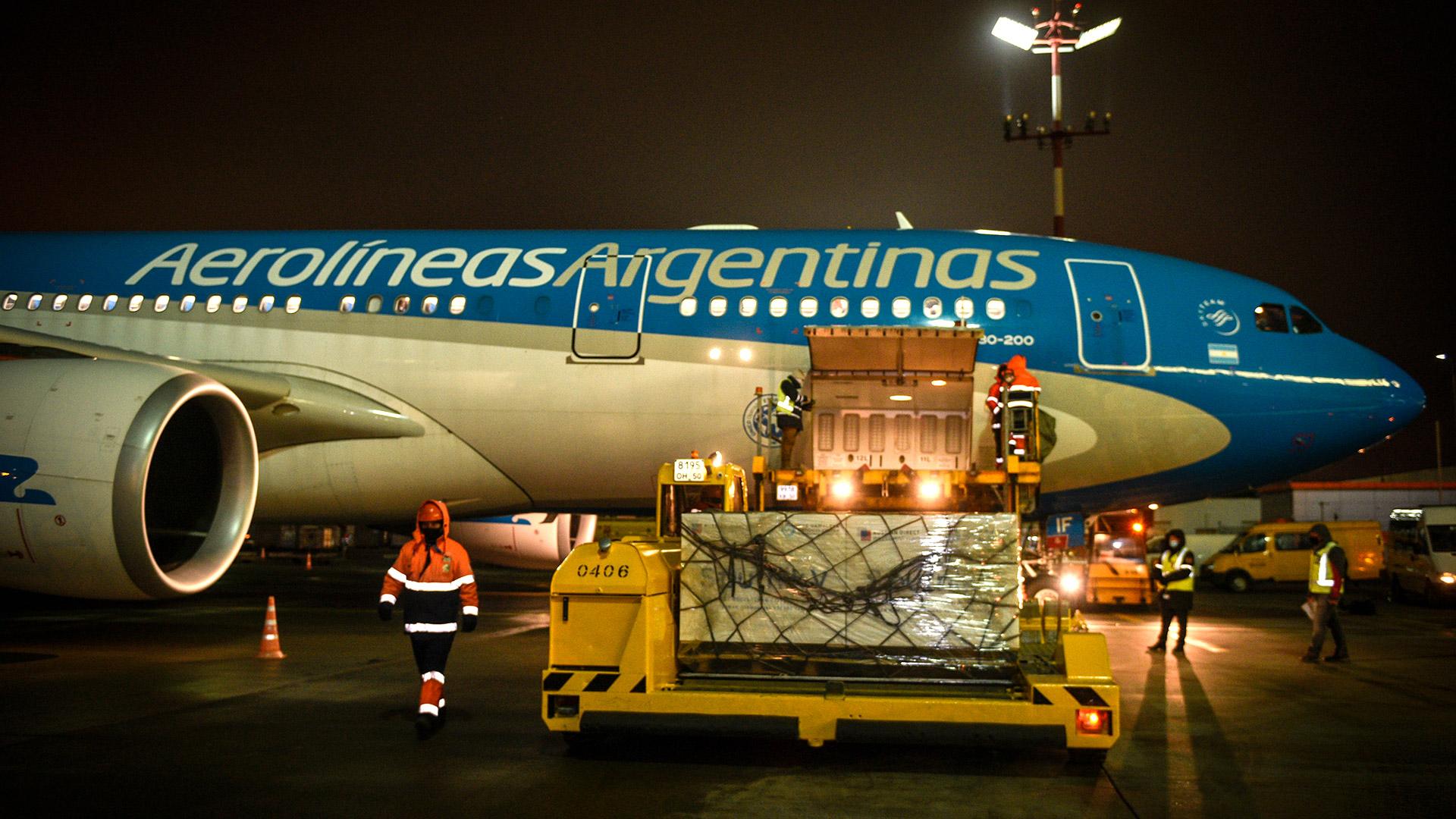 Las vacunas Sputnik V llegarán de Rusia este jueves 24 al mediodía en el vuelo de Aerolíneas Argentinas