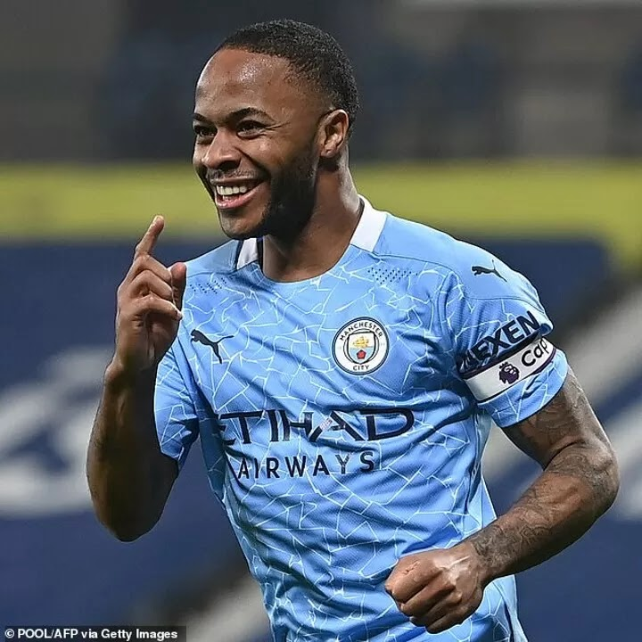 Raheem Sterling 'to restart talks with Manchester City over new contract'