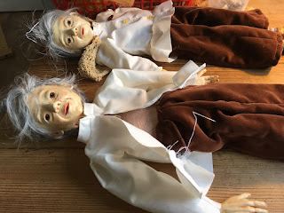 partially dressed puppets for the Reflection puppet project in the making by Corina Duyn