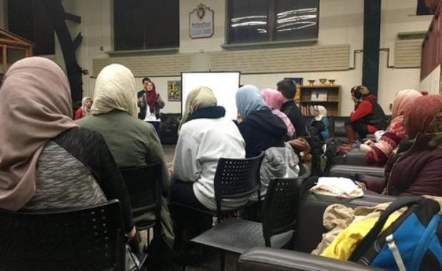 Mahasiswi Non-muslim di Universitas AS Ini Berhijab Sehari Demi Solidaritas