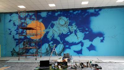 MAlowanie obrazów na ścianie w sali zabaw, artystyczne malowanie ścian, graffiti w bawialni