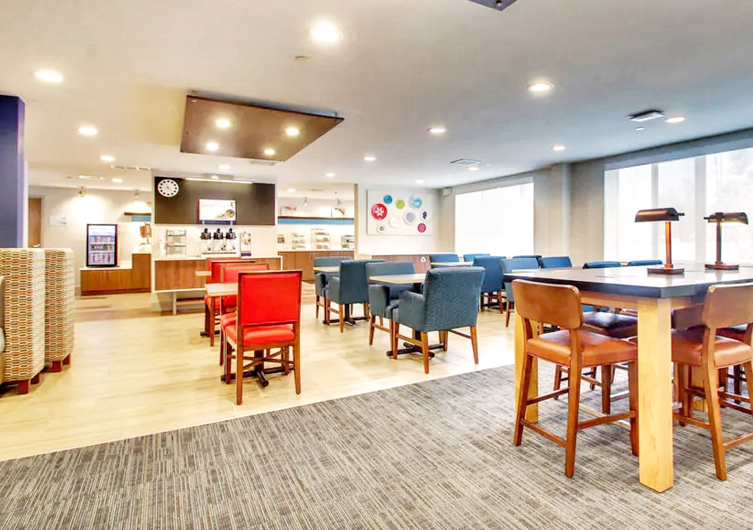 Holiday Inn Express & Suites Lincoln East Review