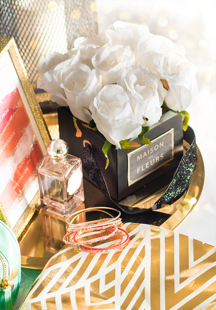 DIY Instragram Rose Box #diy #rose #box #home #decor Rose decor box to make your space and style look expensive!