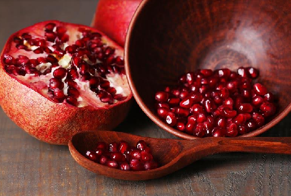 What are the benefits of pomegranate for humans