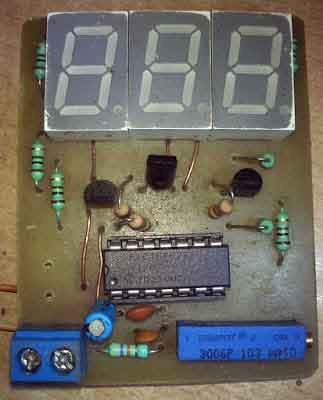 Home made 30 volts Panel Volt Meter Using PIC MCU
