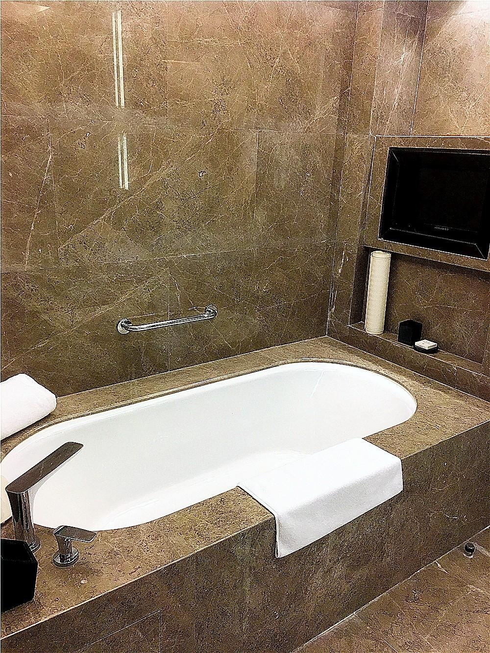 深圳前海華僑城JW萬豪酒店(JW Marriott Hotel Shenzhen Bao'an)-浴缸